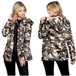 LAST ONE Size M Olive Camo Jacket